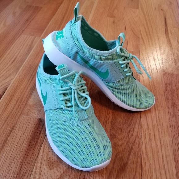 593a47cf5732 Rare Nike Juvenate Enamel Green Spring Leaf Size 6